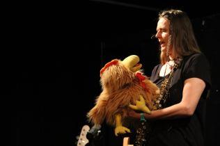 Kristina Mohr saxofool mit Hertha