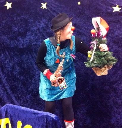Clownin LOTTE und der Weihnachtsbaum