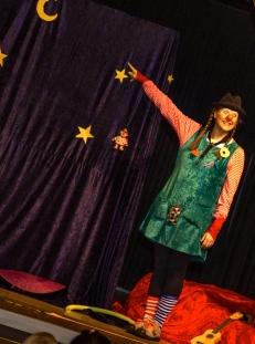 Clownin LOTTE will zum Mond