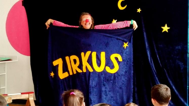 Clownin LOTTE Zirkus