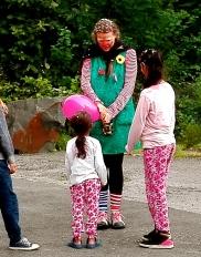 Clownin LOTTE Flüchtlingsmädchen