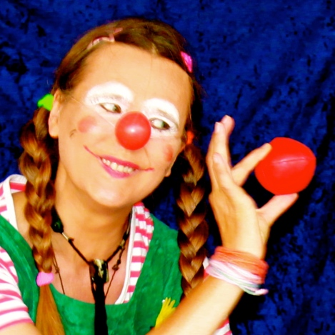 Clownin LOTTE und der Ball