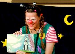 Clownin LOTTE und Rakete