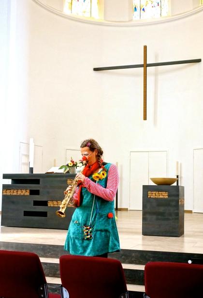 Clownin LOTTE Kreuzeskirche