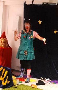 Clownin merkt was