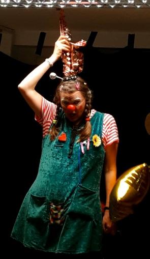 Clown und die Saxophon Rakete